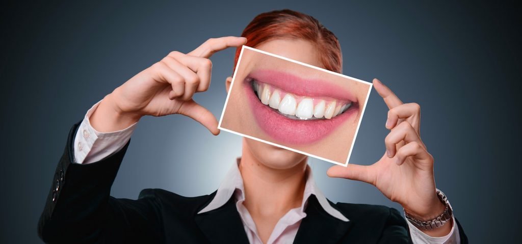 Where to Get a Complete Smile Makeover?